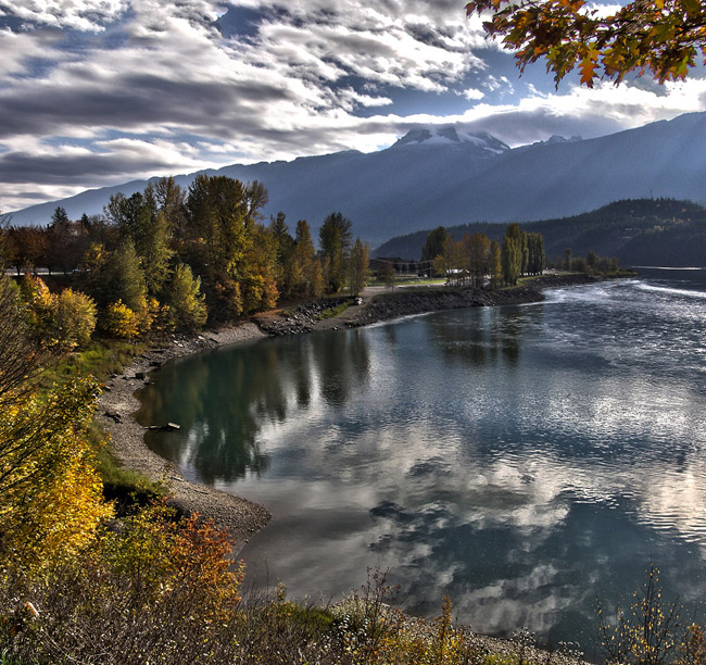 HDR panorama of a bay on Lake Revelstoke