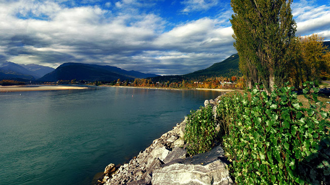 Panorama of Lake Revelstoke