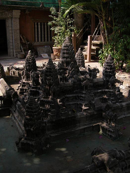 Three-quarter view of Angkor Wat miniature sculpture